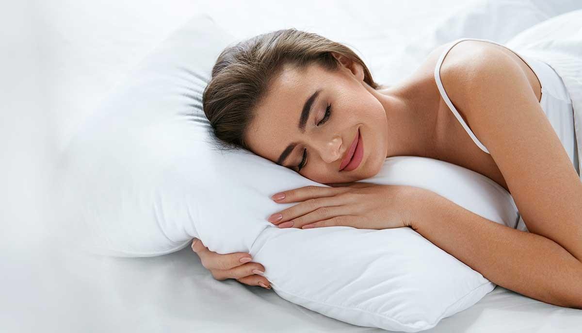 Das-richtige-Kissen-fuer-einen-erholsamen-Schlaf