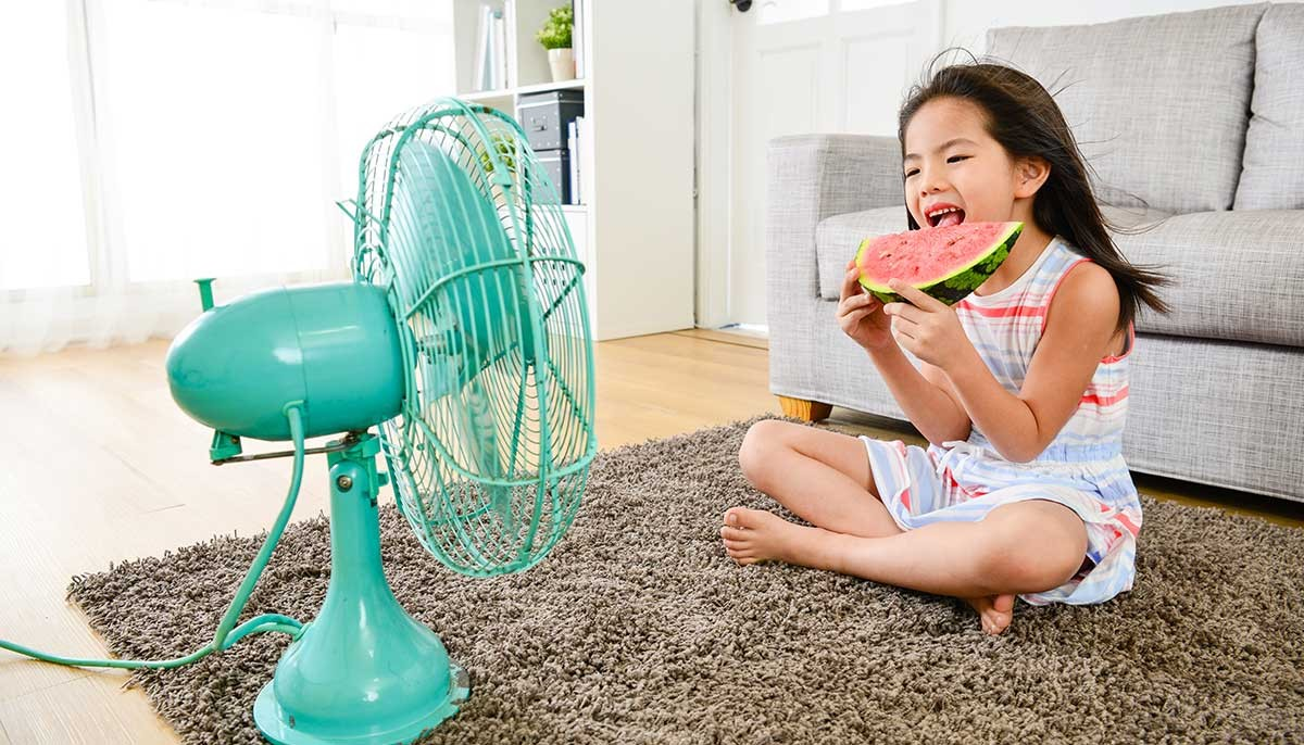 Raumkuehlung-ohne-Klimaanlage-optimale-Raumtemperatur-Sommer